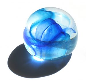 2007-137b blue streaky paperweight - Copy